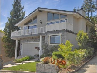 104 Exeter Ave, San Carlos