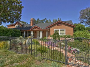 2360 Howard Avenue, San Carlos