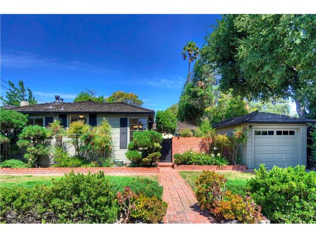 1976 White Oak Way, San Carlos